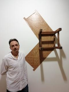 Marcos Vidal Font con silla trampa