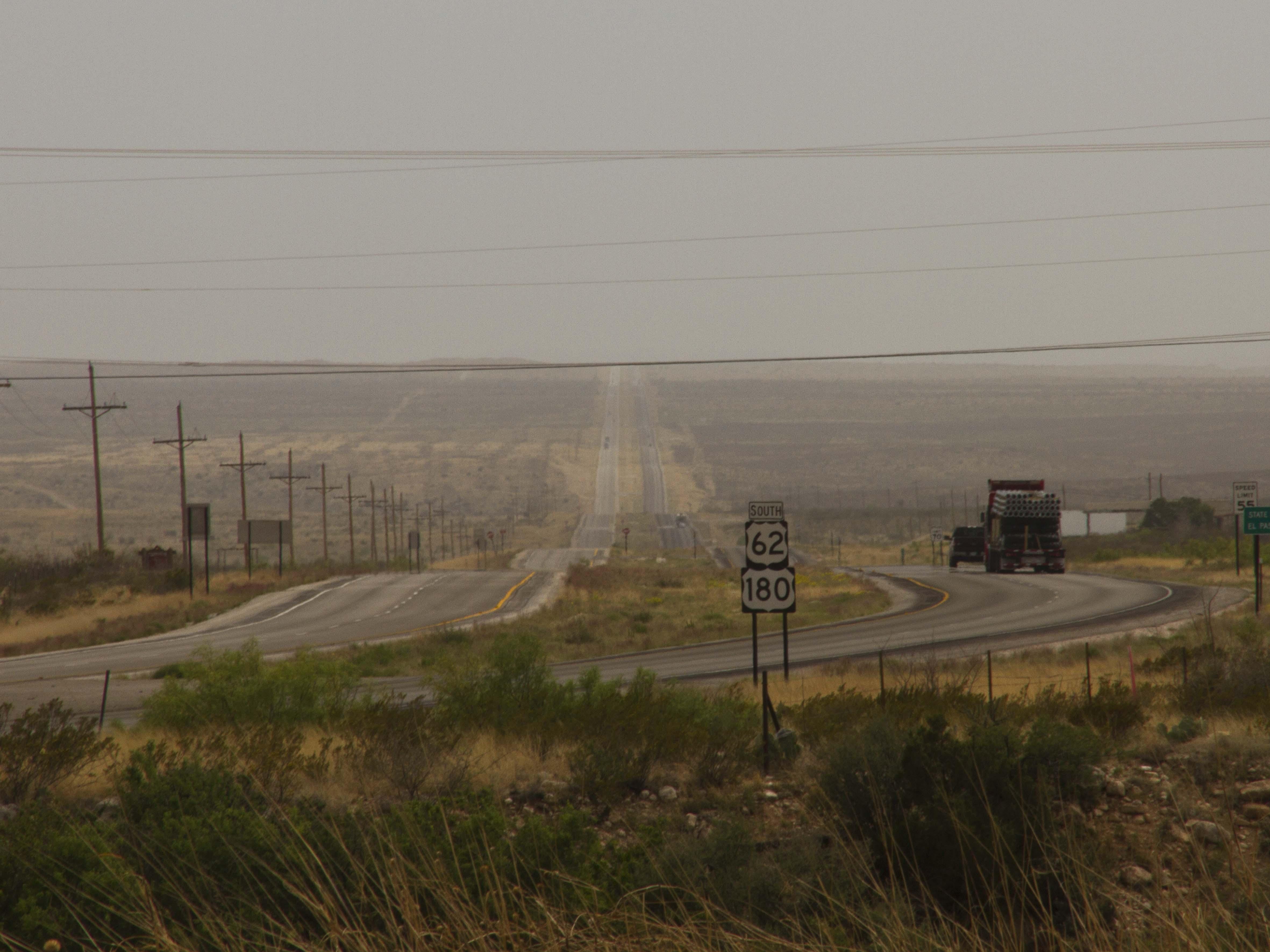 Route 62, en su paso por Carlsbad, NM (2014) - Lux Lisbon Photobaker