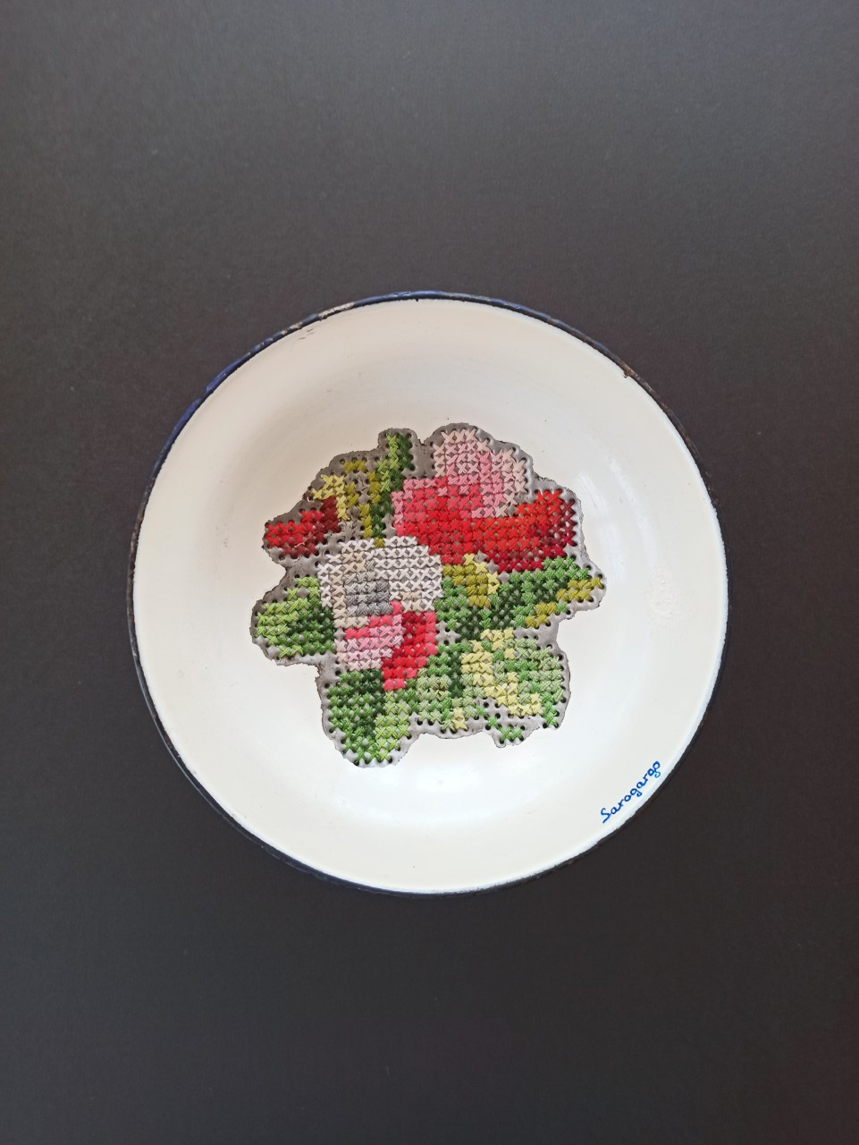 Mi preciosa vajilla de porcelana floreada P9 (2019) - Mª Rosario García Gómez - SAROGARGO
