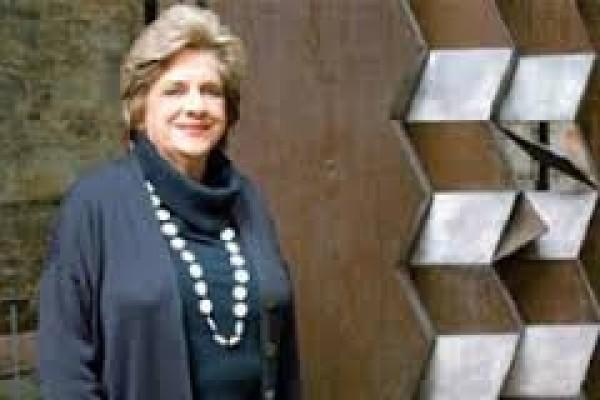 María Victoria De Angulo de Robayo