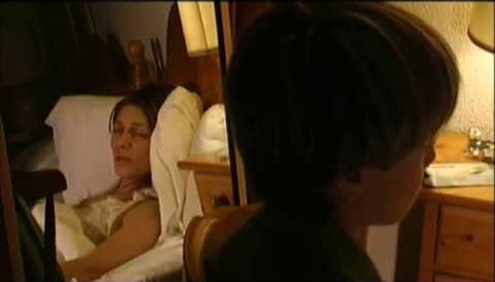 ¡LA CORONA ES MÍA! (2006) - Khuruts Begoña