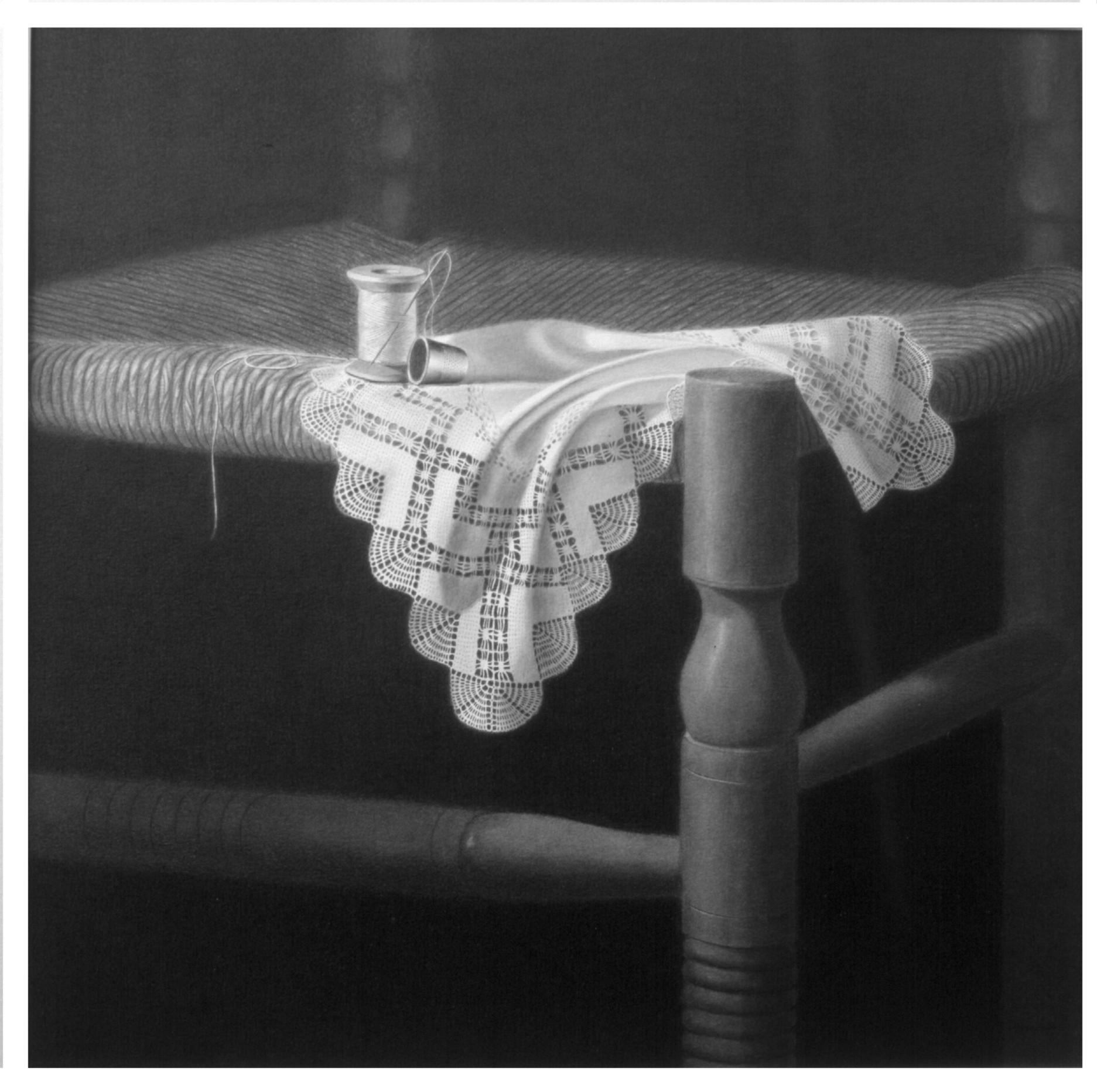 Dedal, aguja, hilo y paño sobre silla (2000) - Angel Luis Muñoz Durán