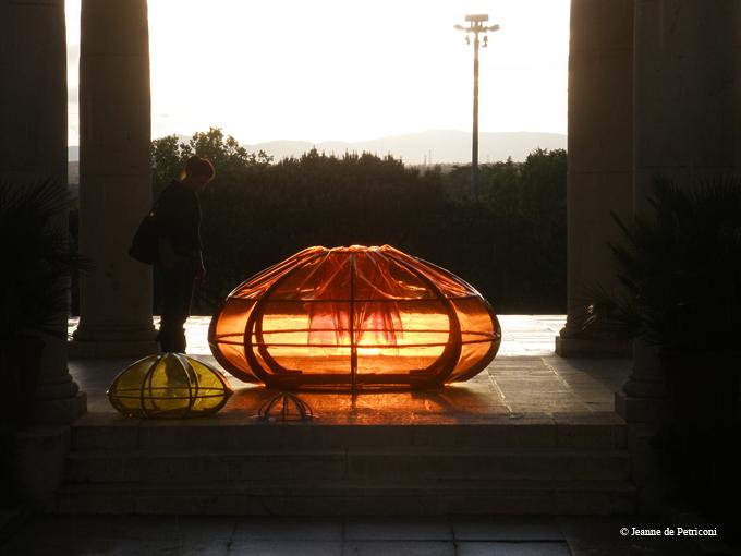 En contre-plongée, la mer (2013) - Jeanne de Petriconi