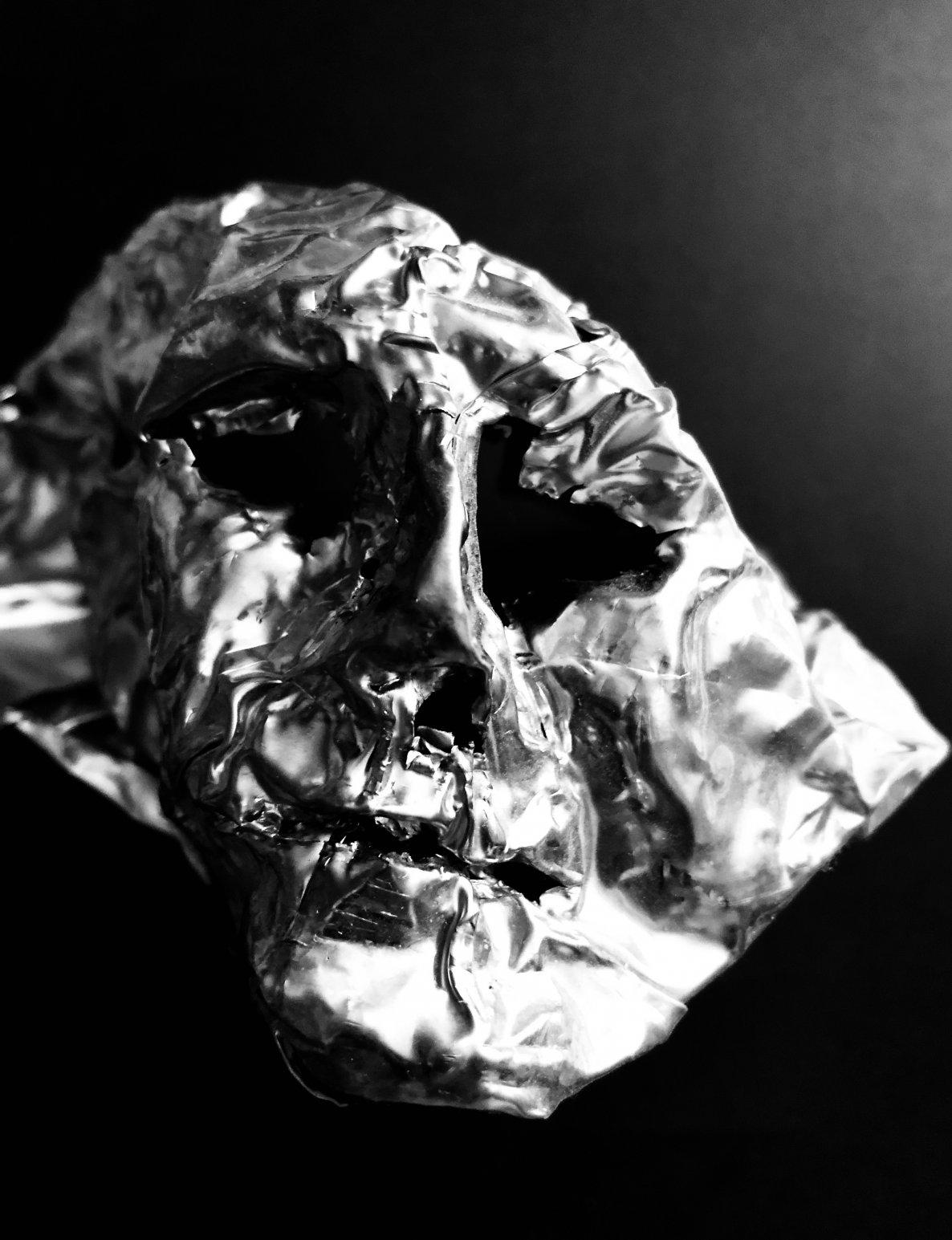 Mask III (2018) - Guillermo Fernández-Díez Bannatyne