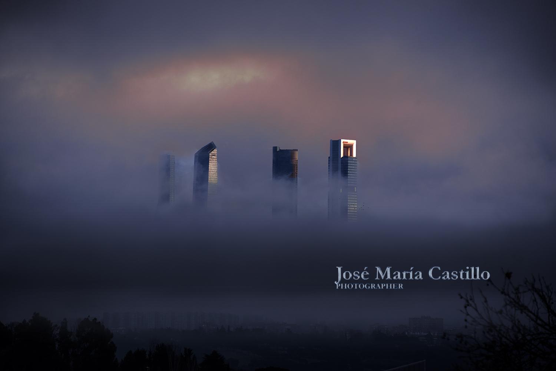 LAS CUATRO TORRES 23 (2017) - José María Castillo Pomeda
