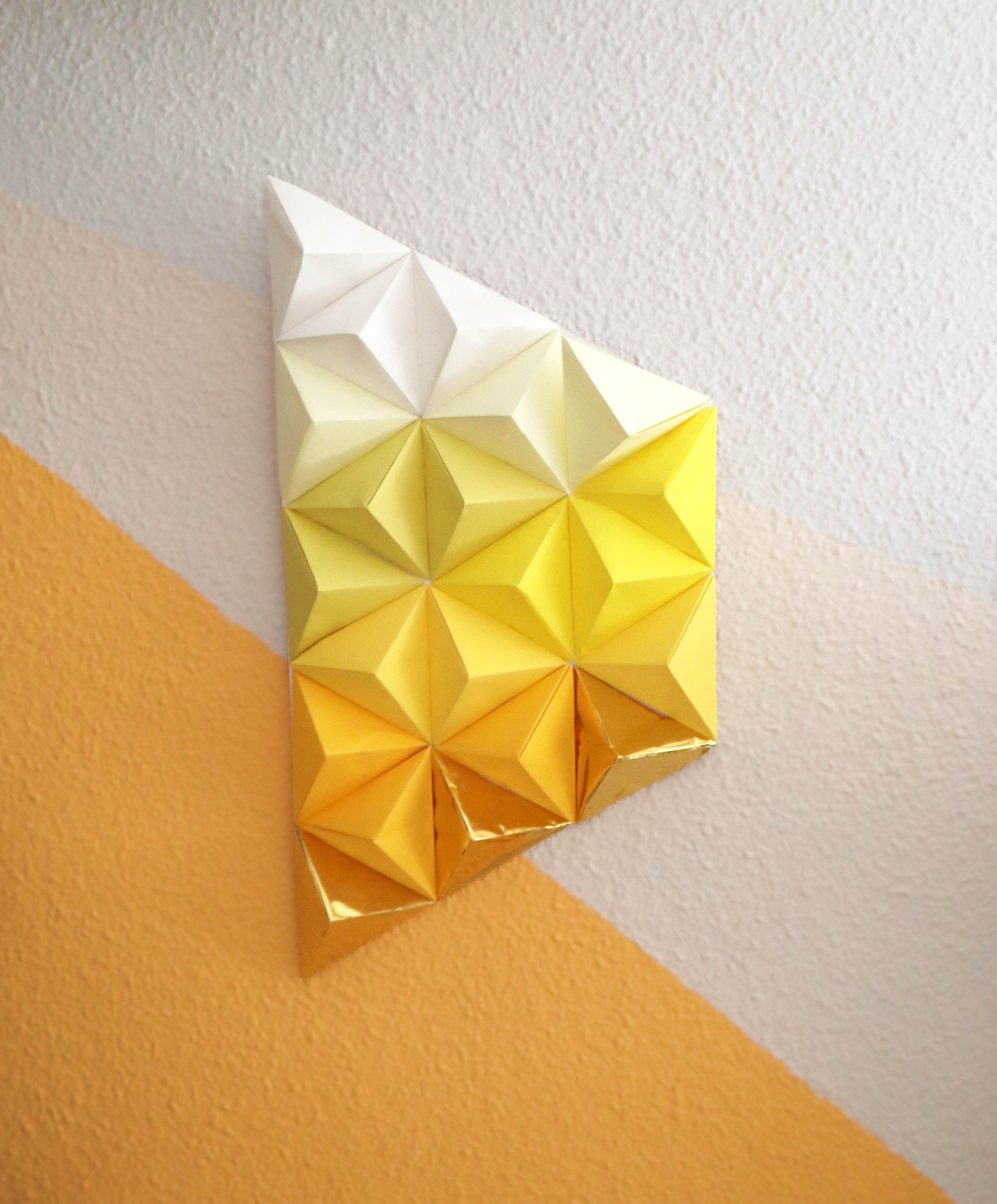 Play jaune (2020) - Marta Herrero Arias - Missmsmith - Arte en papel