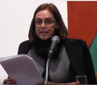 Muriel Clemens durante la presentacion del catalogo de Margarita Checa