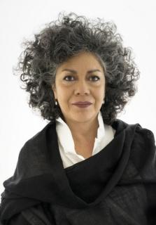 Doris Salcedo. Cortesía Guggenheim. Foto de David Heald