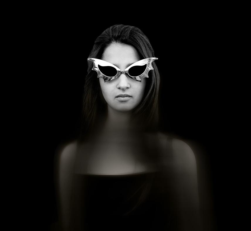 Nadia con anteojos (2014) - Zulema Maza