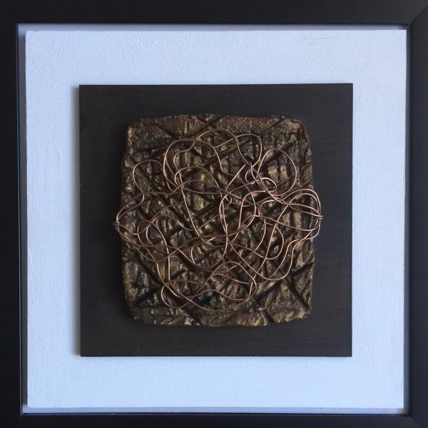 A01-Materia Alambre 33x33 cm