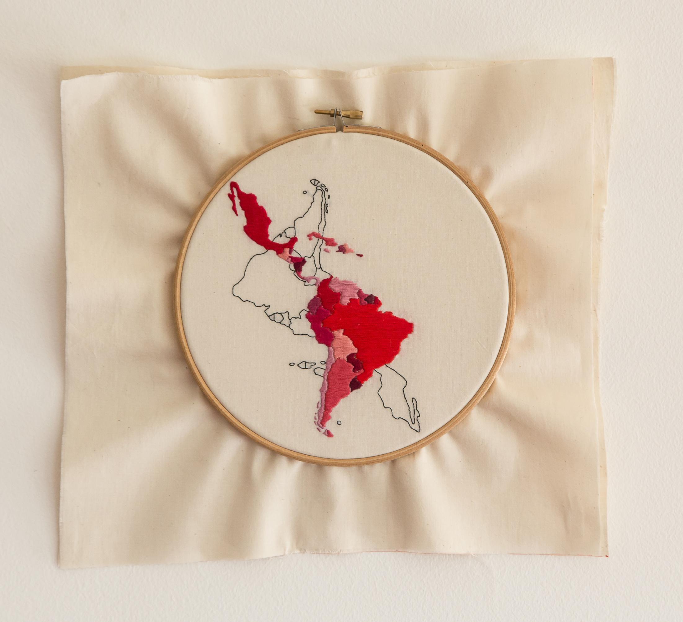 """""""Fronteras y límites"""" pieza 1 América Latina Invertida (2017) - Martín Eluchans"""