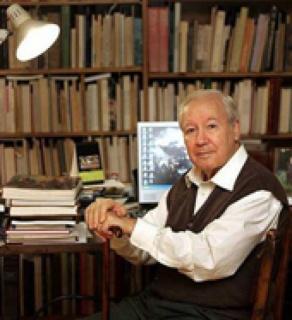 Alfonso E. Pérez Sánchez