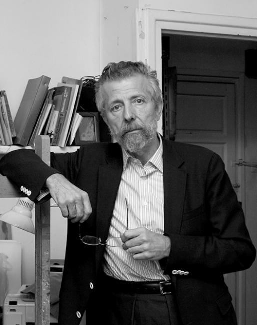 Hernán Cortés en su estudio. Foto: Adela Agudo.