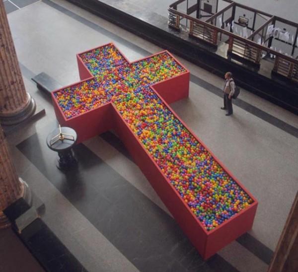 Bienal de Montevideo 2012 _Consume & Muere