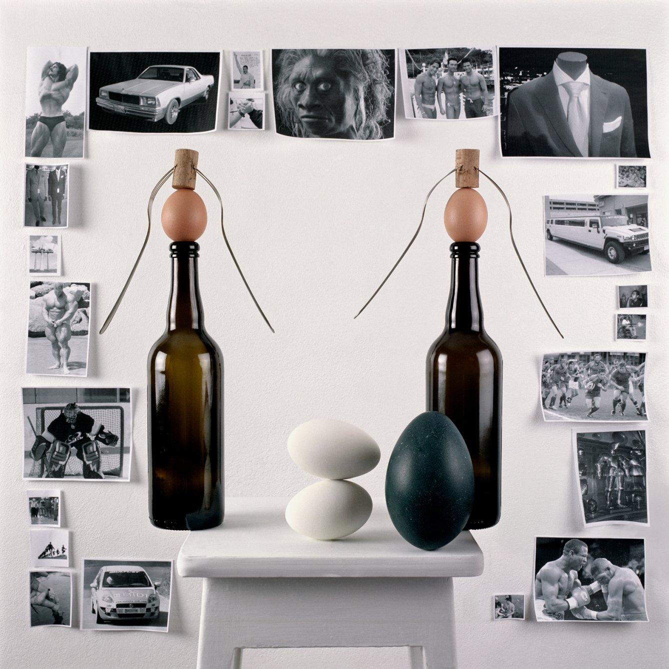 Eggs (2009) - Miguel Ángel Gaüeca