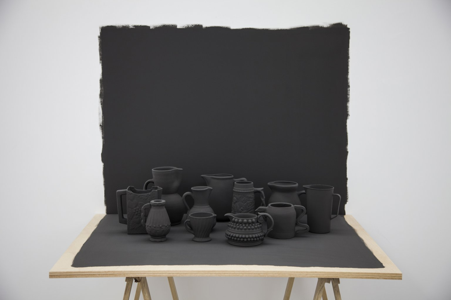 Grey table (2017) - Miguel Ángel Gaüeca