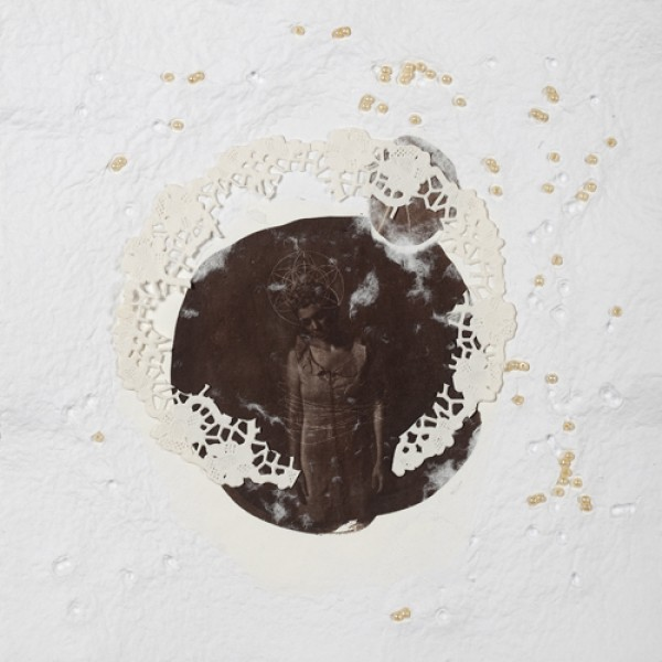 Submerso, fotografia, Van Dyck Brow, nanquim e aviamentos incorporados em papel artesanal, 2010