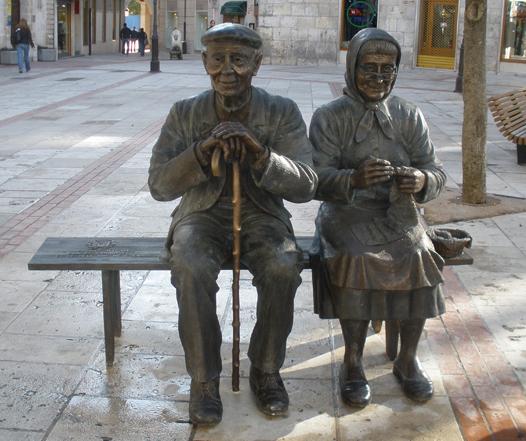 Homenaje de la ciudad de Burgos a sus mayores