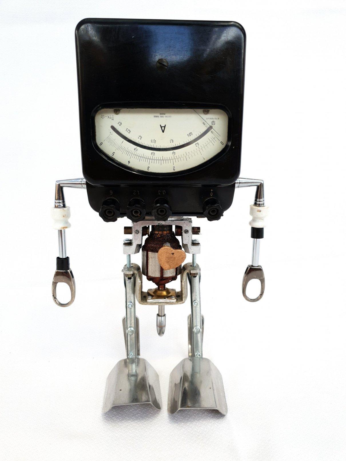 Escultura Drap Art. Robot de Reciclaje alfa 009 (2018) - Alfredo Blasco Nuin - Alfacto