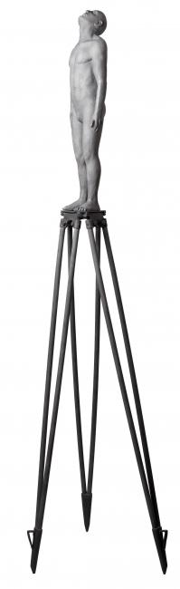 Soñador III. Ed.6. 2013. Bronce. 226 x 60 x 60 cm.
