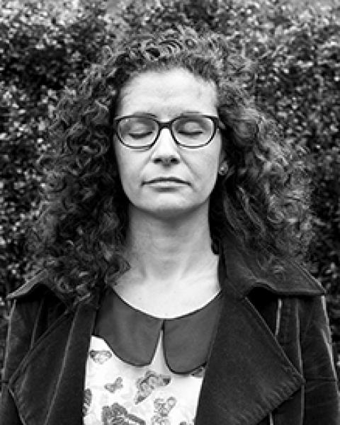 Ivana Larrosa by Bia Monteiro