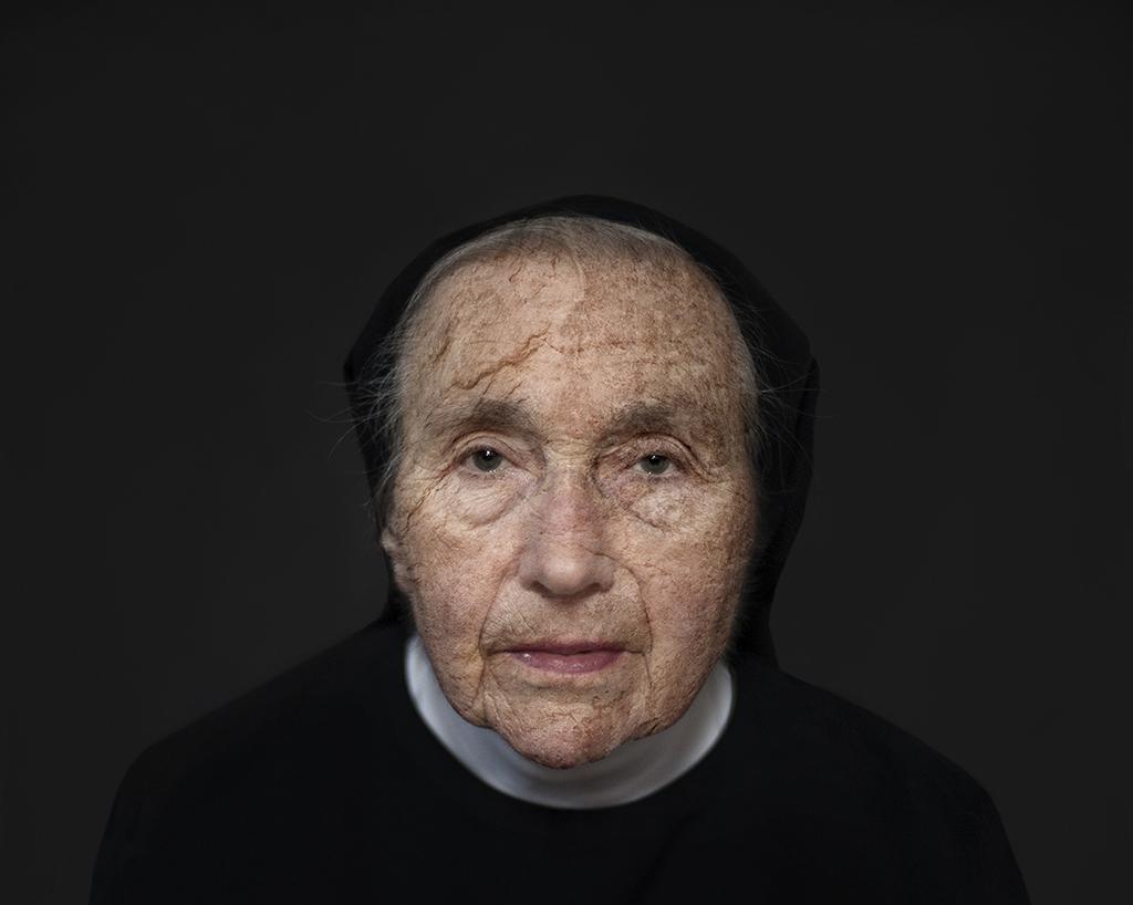Numinosa 1 (2014) - Ivana Larrosa