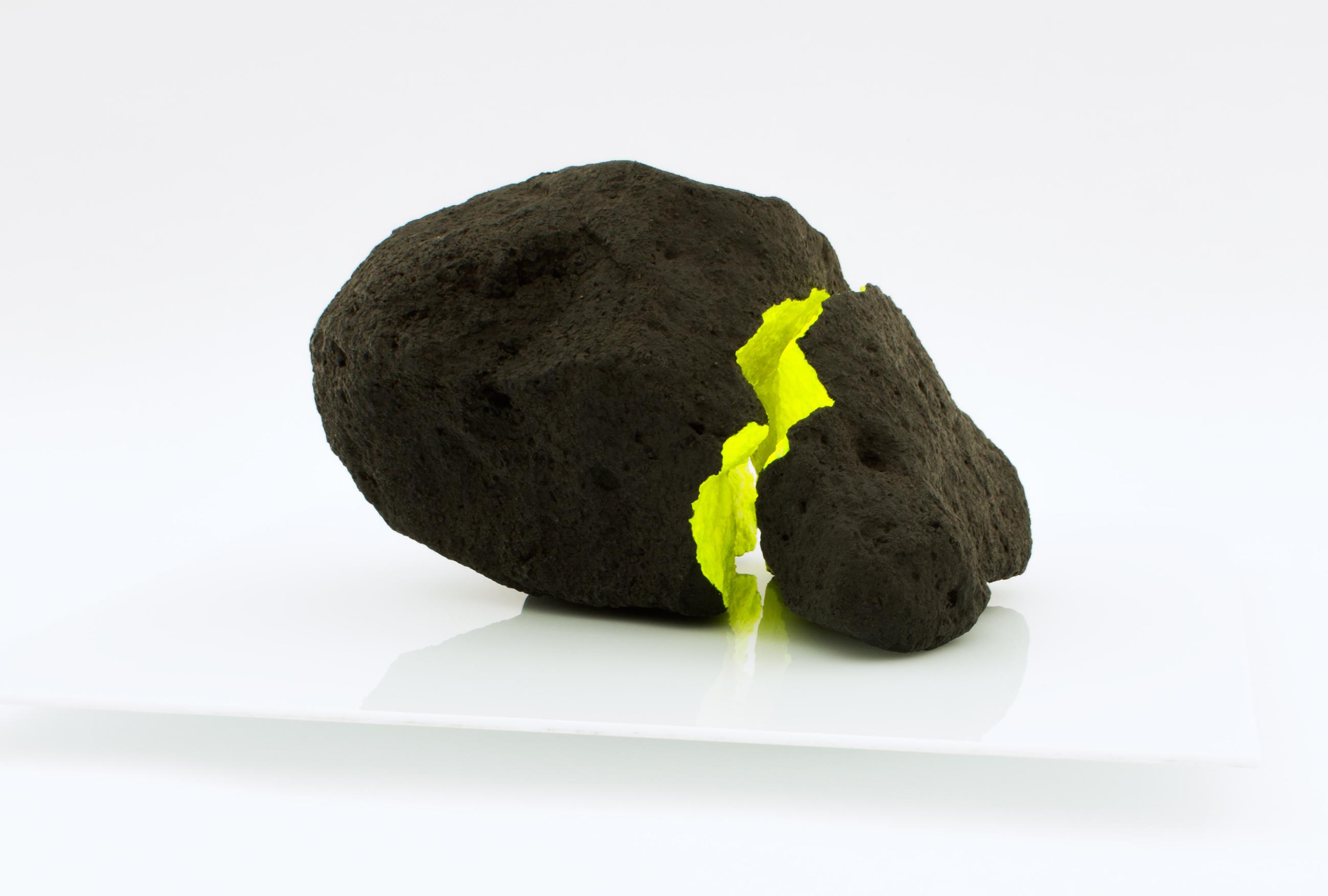 Asteroid – Dark matter (2018) - Oscar Delmar